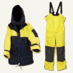 Vízhatlan ruha ( kétrészes, páraáteresztő, hazai gyártású)