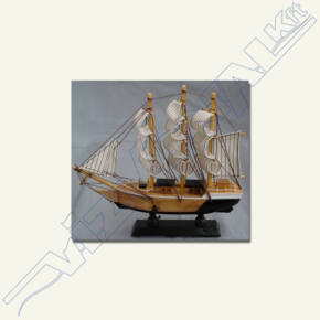 Fa vitorláshajó (makett) 10x10 cm